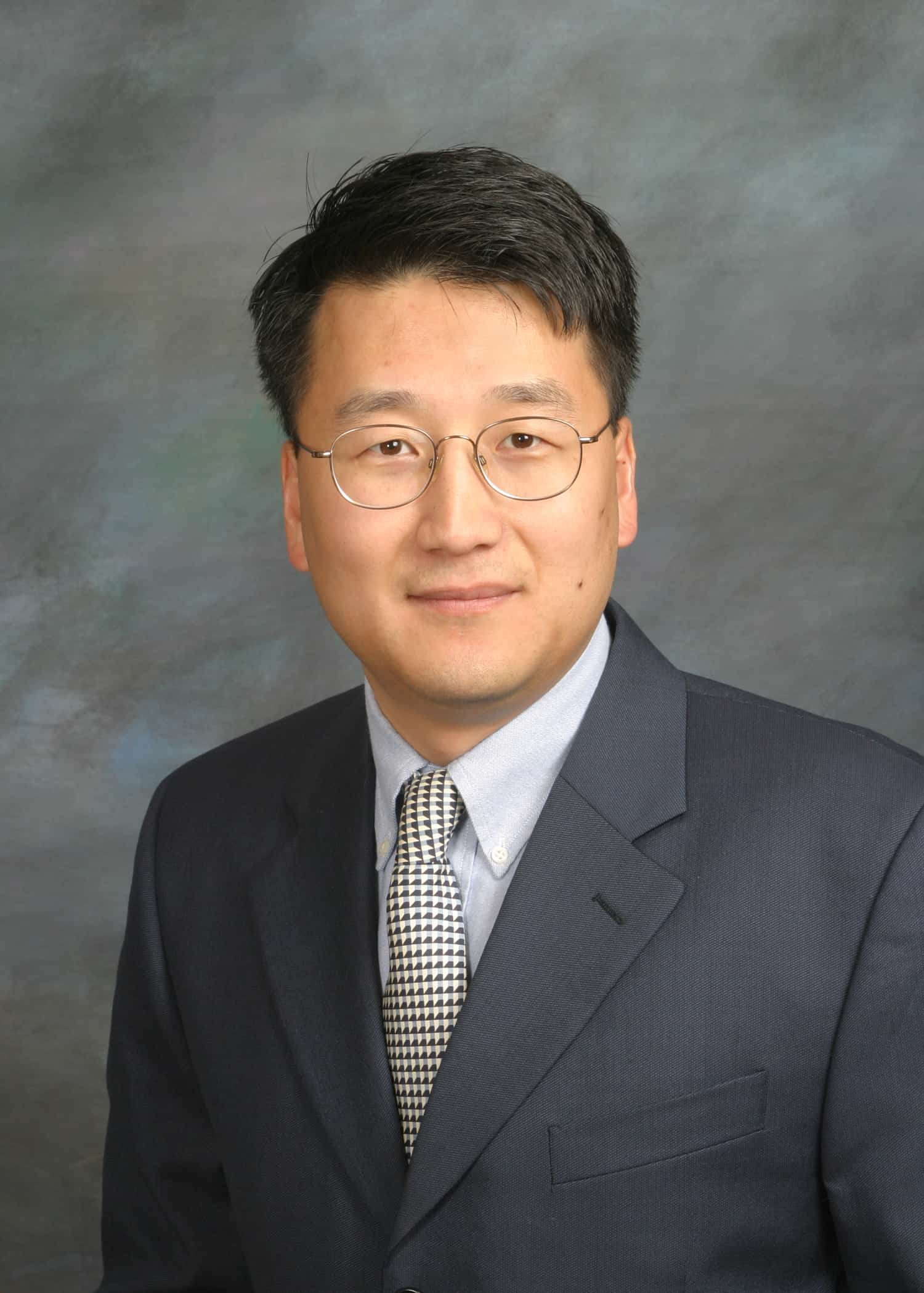 Hongshik Han MD - Headshot Photo